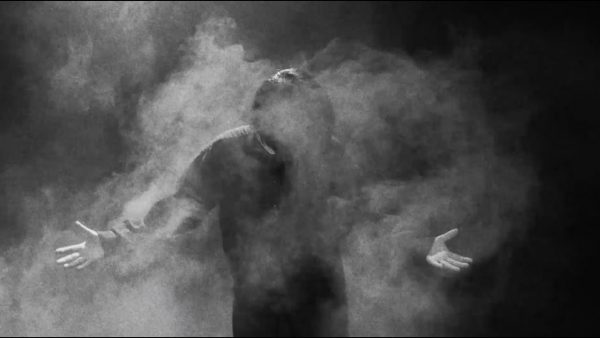 GOMESS & Yackle『濃霧 (feat. 芋如来メイ)』(MV short ver.)